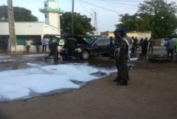 Vidéo – Urgent – La voiture du président Macky Sall a pris feu dans la route de Nguéniéne
