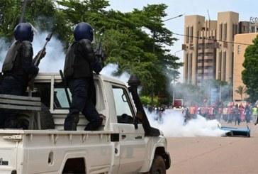 La colère des Burkinabè grandit face aux attentats terroristes incessants