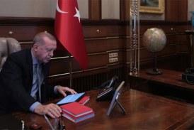 Offensive en Syrie: Erdogan menace l'Europe d'un flux de migrants en réponse aux critiques