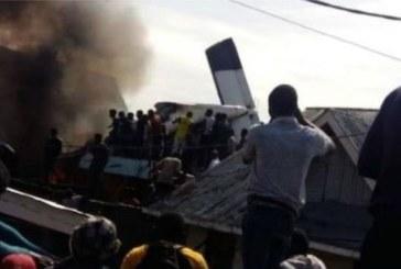 RDC: un avion s'écrase sur un quartier populaire de Goma, 23 corps retrouvés