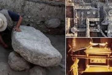 Des archéologues découvrent le site d'origine de l'Arche biblique d'Alliance en Israël
