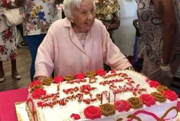 Cette femme de 107 ans partage son secret de longévité