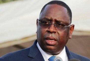 Covid-19 : Le président Macky Sall gracie 2036 détenus (officiel)