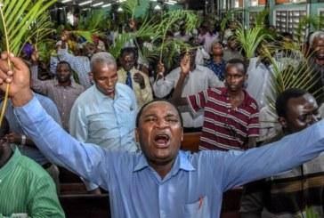 Coronavirus: Le président Tanzanien s'en remet à Dieu et refuse couvre-feu et confinement