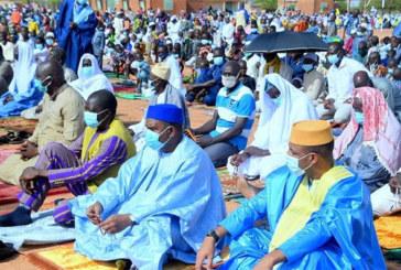 Ramadan: Alpha Barry à Boussé pour la prière
