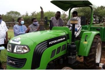 Conseil régional des Hauts-Bassins:Huit (8) tracteurs pour huit (8)coopératives d'utilisation du matériel agricole (CUMA)