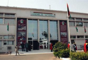 Burkina Faso: 71 partis se déclarent de l'opposition contre 26 pour la majorité