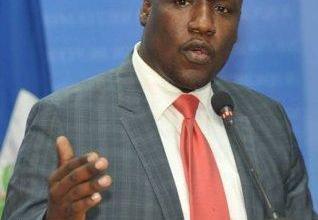 Photo of Haïti insécurité : Tentative d'assassinat et blessure par balle pour un ancien ministre