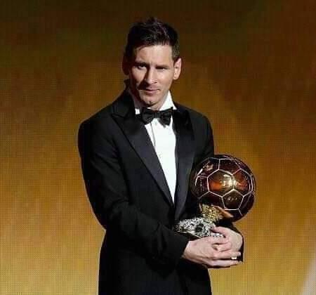 Leonel Messi : ballon d'or pour une 6ème fois après 4ans