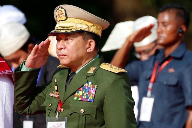 International : L'armée birmane déclare l'état d'urgence pour un an