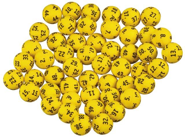 En Eurojackpot-kupon købt i SuperBrugsen i Ølsted gav fredag aften 114 millioner kroner til sin ejer. Foto: Danske Spil.