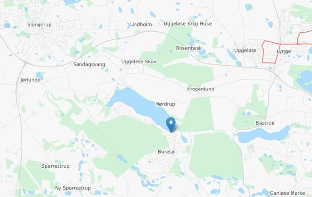 Liget af en kvinde blev torsdag eftermiddag fundet ved Buresø. Kort: © OpenStreetMap-bidragsydere
