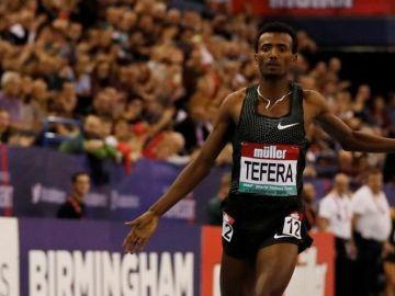Samuel Tefera smashes 1,500m world indoor record