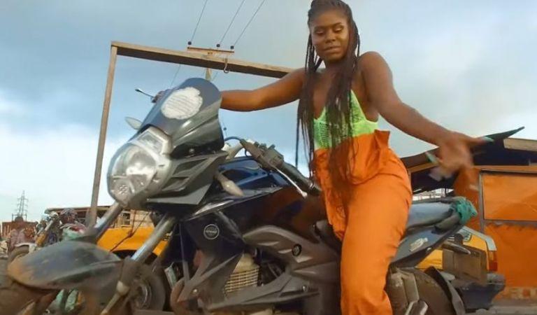 Yaa Jackson – Omo Beka Ft. Kobby Oxy (Official Video)