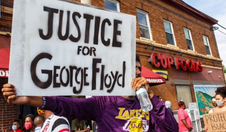 Pressure mounts for US officers to be charged over George Floyd's death