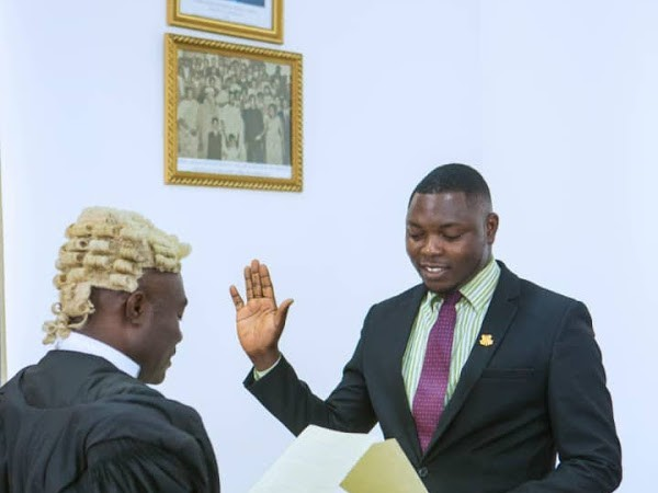 Exposed: Fauster Atta Mensah now scams as Professor John Vinzelts