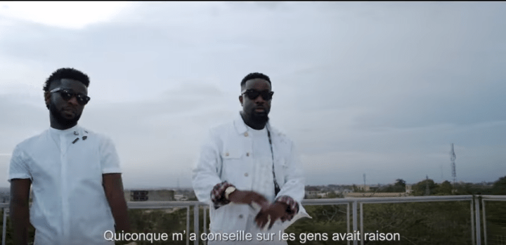 Bisa Kdei – Pocket Ft. Sarkodie (Official Video)