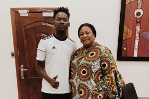 First Lady Rebecca Akufo-Addo hosts Nigerian musician Mr Eazi