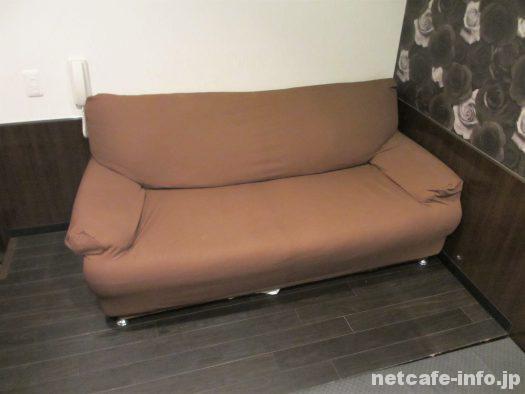 VIPルームはソファー付き