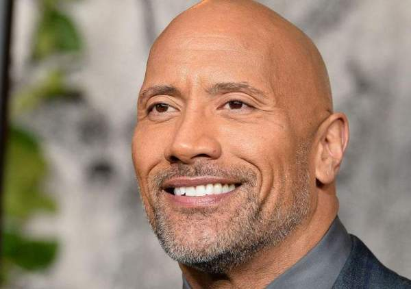 18-year-old Katie Kelzenberg Invites The Rock To Prom And ...