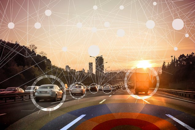 cloud_connected_smart_cars_by_oonal_gettyimages-692819426_1200x800-100767788-large.jpg
