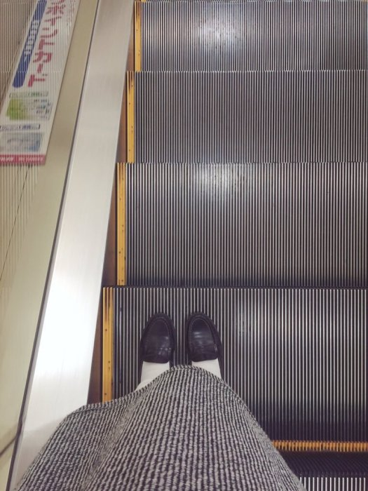 escalator-sneaker-3