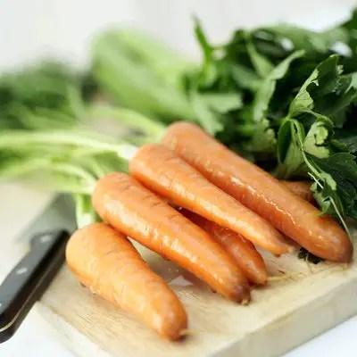 गाजर एक सब्जी है या फल? गाजर के पोषक तत्व