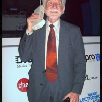 Il y a 40 ans, le 1er téléphone portable...