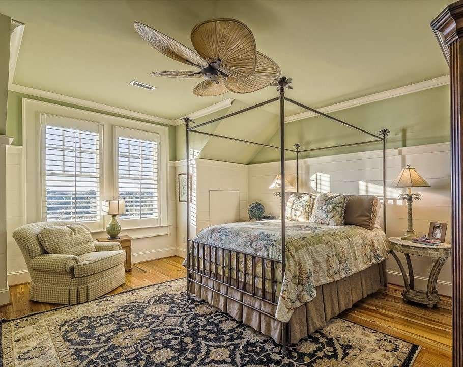 Easy Ways to Redecorate Your Bedroom