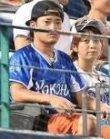 高岡奏輔と鈴木亜美