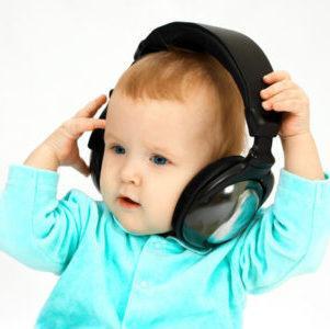 Шум и звон в ухе у ребенка: причины о чем говорит. В ухе ...