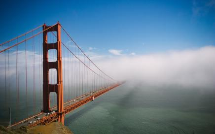 Photo of Golden Gate bridge disappearing into cloud