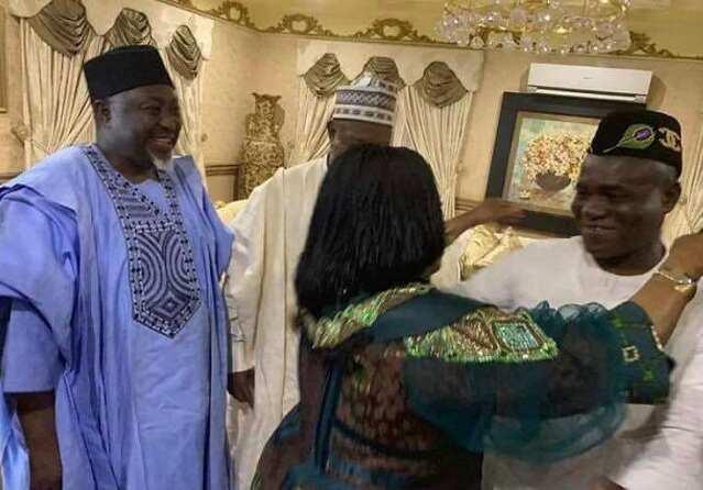 APC leaders visit Goodluck Jonathan in Otuoke ▷ Legit.ng