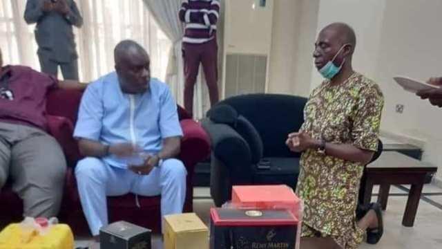 Nigerians React as 5-Term Senator from Delta James Manager Kneels Before ex-Gov James Ibori, Photo Emerges