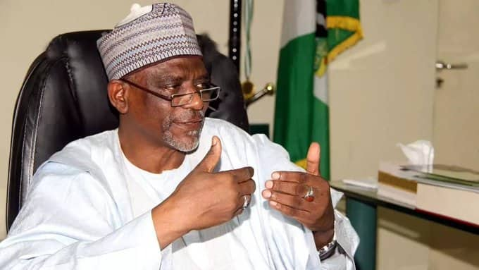 Nigerians students give FG 14-days to announce schools resumption date