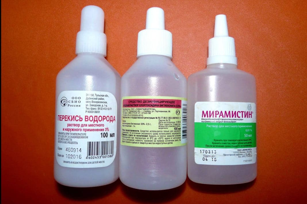 Treatment of wounds: the choice of antiseptic