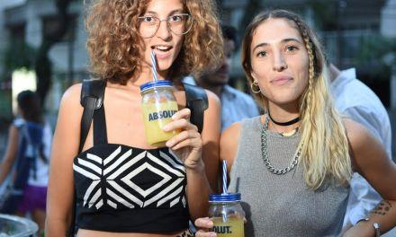 Havana Club y Absolut acompañan el ciclo de afters de la marca de camisas vintage Paraíso