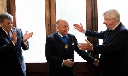 Presidente ejecutivo de CAF recibió la Medalla de la República Oriental del Uruguay