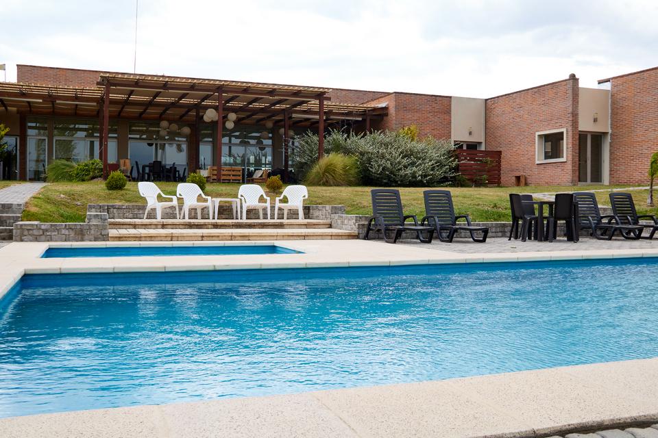 Hotel Juana de la ciudad de Melo: tranquilidad y paz en un entorno natural