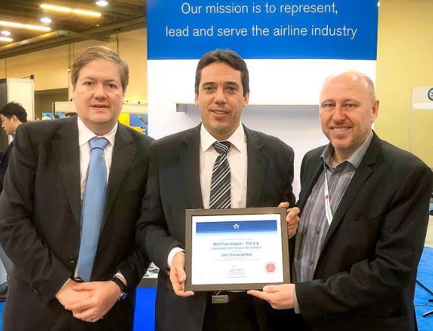 MVD Free Airport recibió certificación internacional por sus servicios a la industria farmacéutica