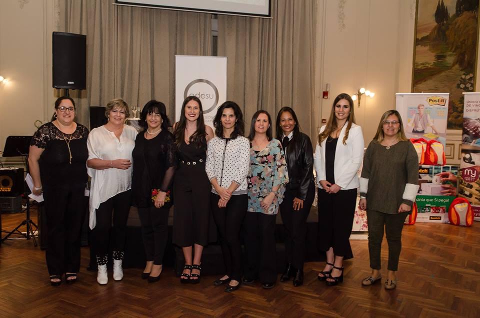 Kimberly-Clark Uruguay acompañó en su día a los socios de la Asociación de Secretarias del Uruguay
