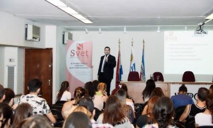 El Cr. Alexei Yaquimenko brindó la conferencia «Educación Financiera» en INFA