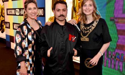 PRE-LANZAMIENTO VIP DE LA COLECCIÓN MOSCHINO [TV] H&M EN URUGUAY