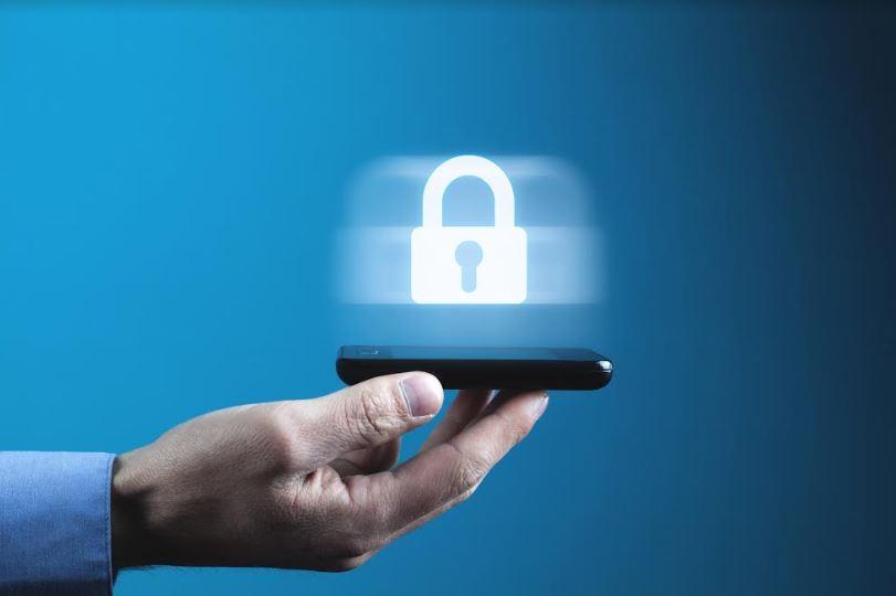 La libertad de expresión en riesgo ante la vigilancia digital
