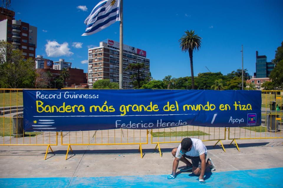 El artista Federico Heredia, con el apoyo de Shopping TresCruces gana RecordGuinness