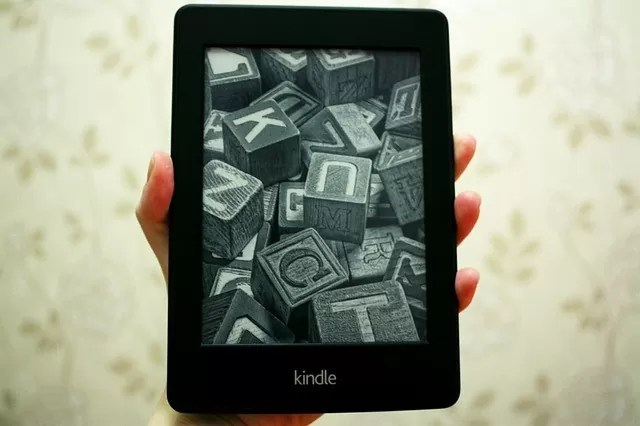 number of books on a kindle paperwhite