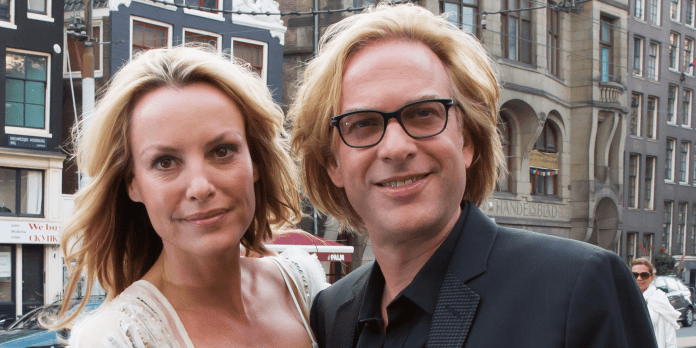 Adam Curry Net Worth 2020: Wiki, Married, Family, Wedding, Salary, Siblings