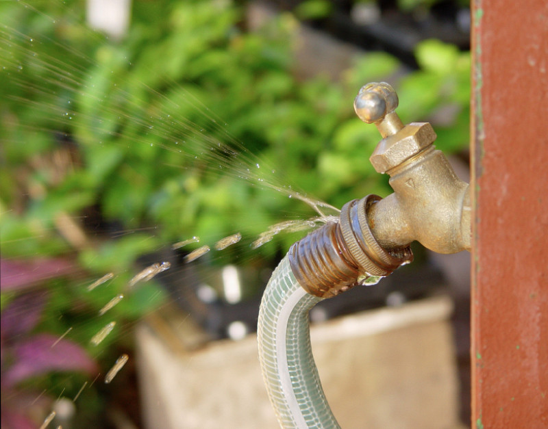 how to fix a leaking garden hose networx