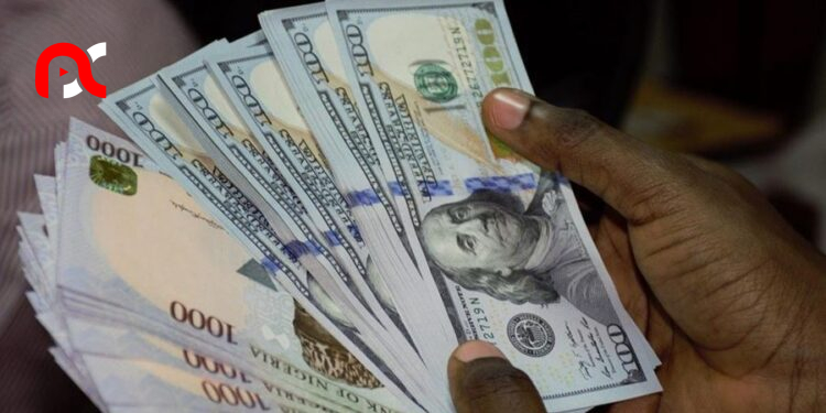 Naira falls at official market as foreign reserves plunges further