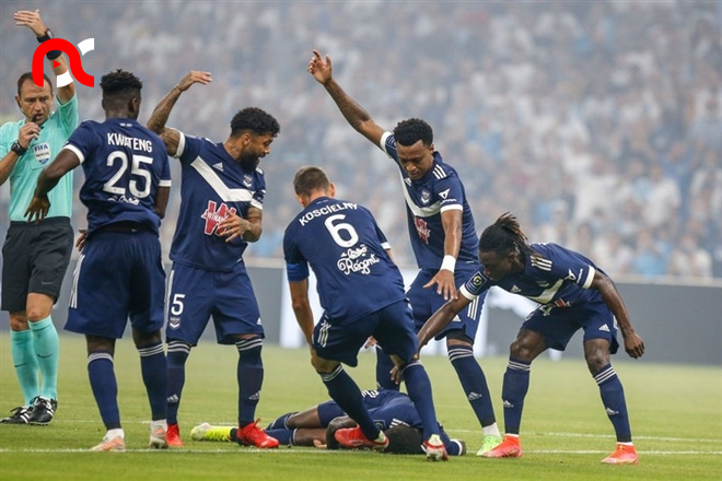 Super Eagles star, Samuel Kalu collapses during football match in Ligue 1